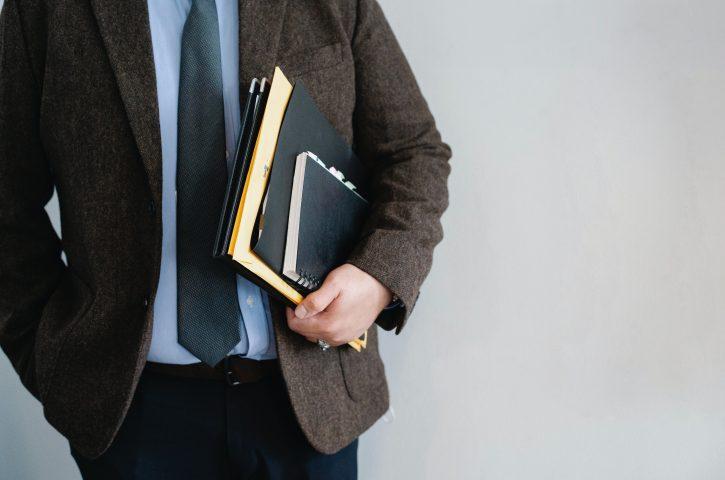 Radca prawny, adwokat i prawnik – wyjaśnienie różnic